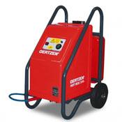 Podgrzewaczwody Oertzen Hot Box 250 urządzenie to jest kompatybilne z myjką wysokociśnieniową M250. Dzięki Hot Boxowi jesteśmy w stanie podgrzać wodę nawet do 120 °C ( mieszanina pary wodej z wodą) co znacznie ułatwia nam usunięcie niechcianych zabrudzeń.